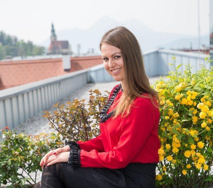 Alena Kazakova
